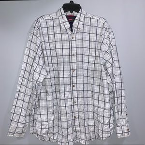 3/$15 Men's Plaid Buttondown